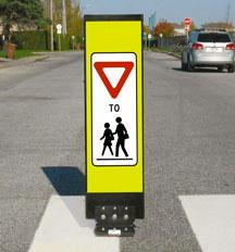 Flexible RA-8 sign - Transportation Association of Canada
